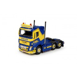 Tekno Volvo FH4 low roof...